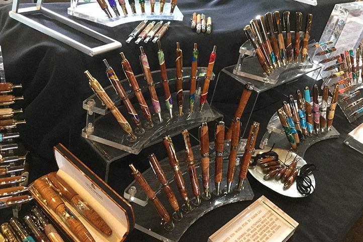 HKHweb_lobby_crafts3_722.jpg